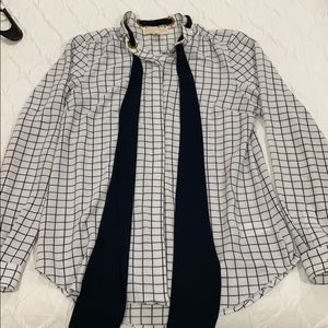 Michael kors long sleeve white and navy tie blouse
